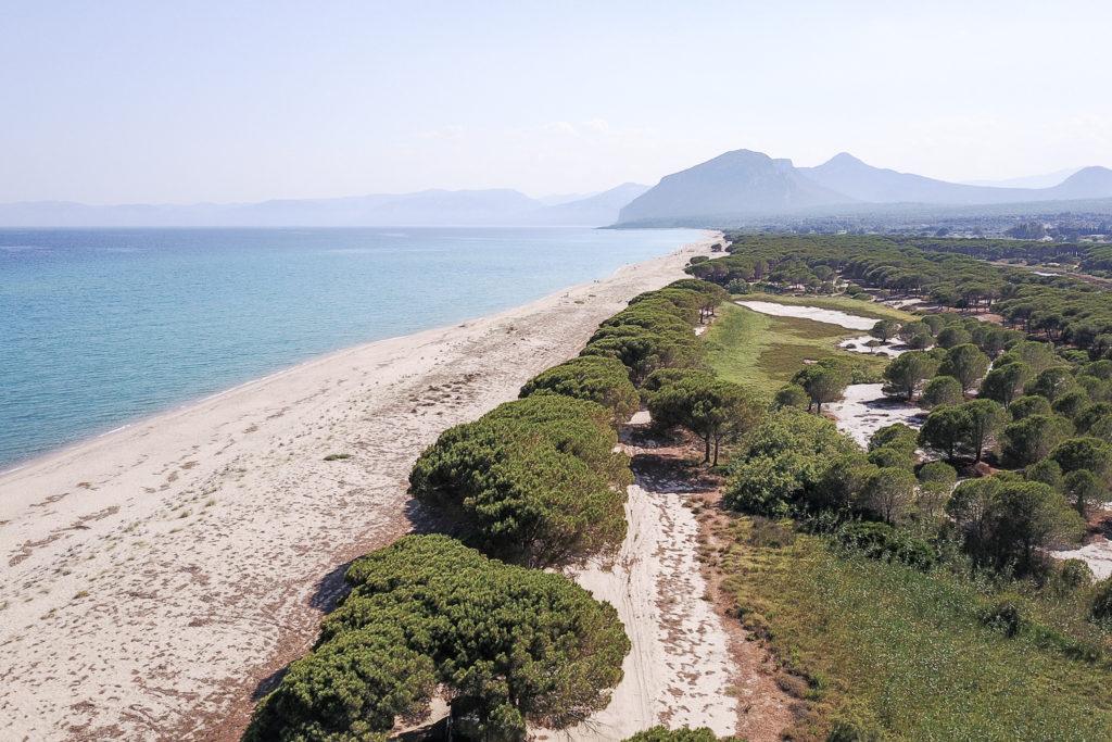 Luftaufnahme des Spiaggia Su Barone mit dem DJI Mcvic erstellt