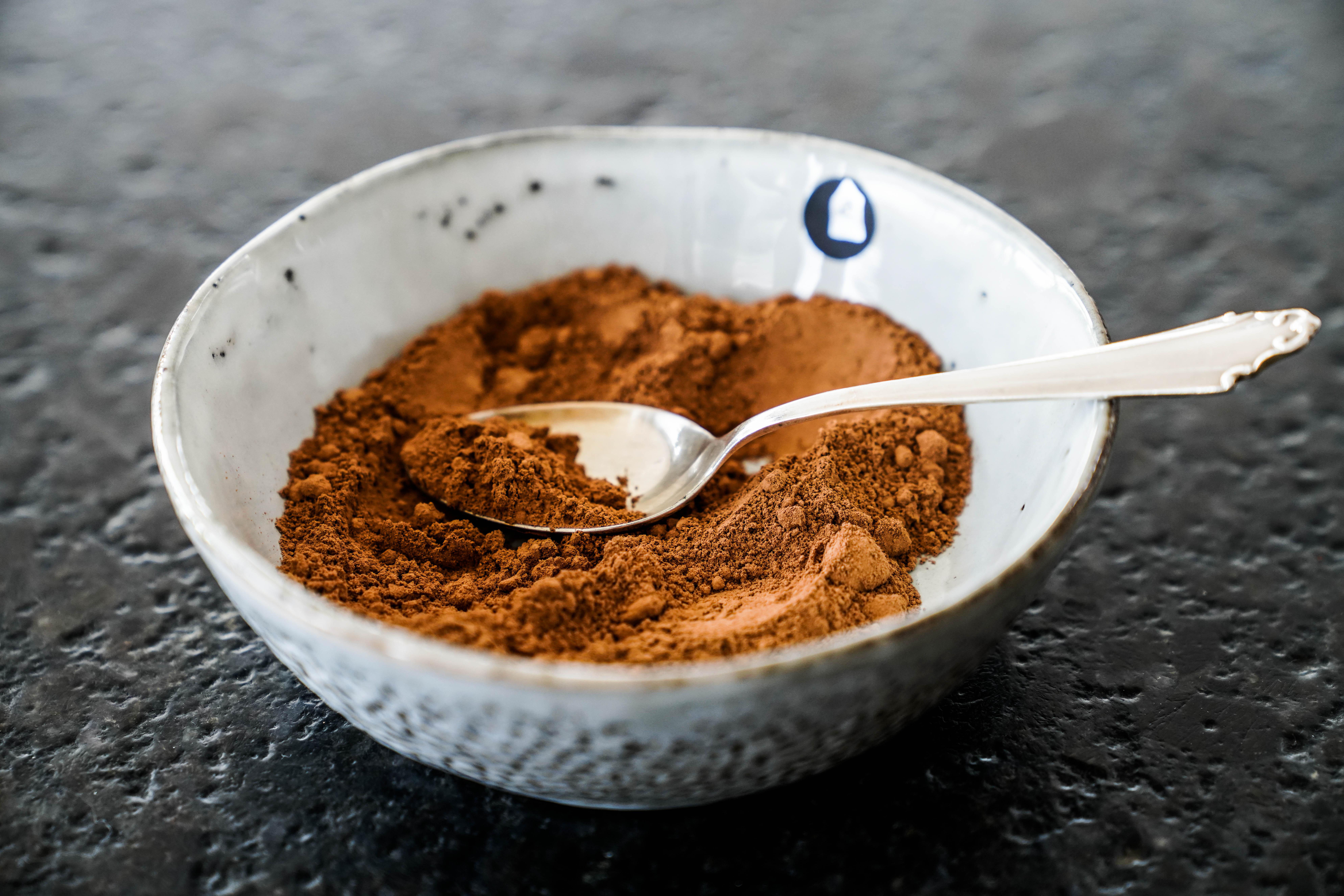 Aufstrich Nutella homemade selbstgemacht vegan Schoko Haselnuss Rohkakaopulver
