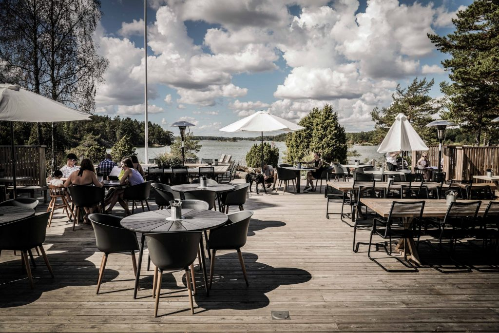 Svärdsklova Restaurant Nyköping Food terace